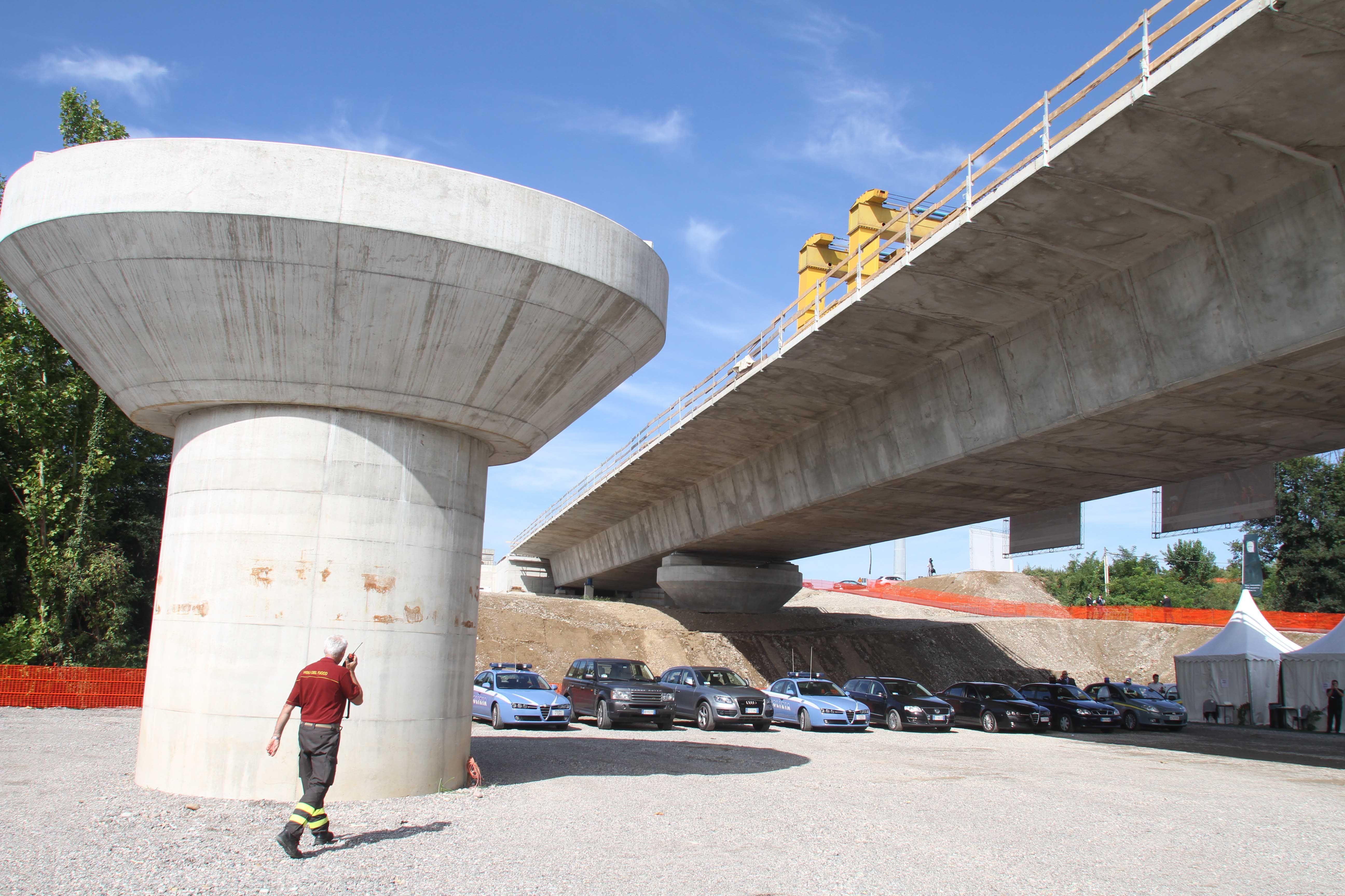 Sulla Bergamo-Treviglio viaggeranno 23 mila auto al giorno (Fotogramma)