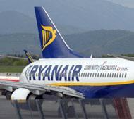 Un aereo della compagnia Ryanair (Fotogramma)