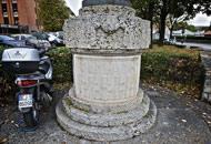 La scritta Bergamo dell'epoca del fascio