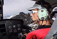 Simone Moro in elicottero