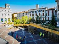 Piazza Vecchia, Tremaglia contro la passerella: inaccessibile ai disabili