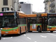 «Bus affollati negli orari di punta» Il M5S: potenziare le corse dell'Atb