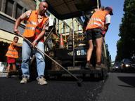 Si rifà l'asfalto in circonvallazione Lavori notturni fino a sabato