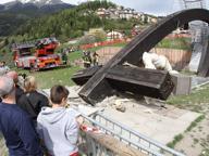 Travolto e ucciso dalla croce del Papa: la famiglia risarcita con 700 mila euro