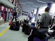 I giovani con la valigia In un anno 2 mila emigrati